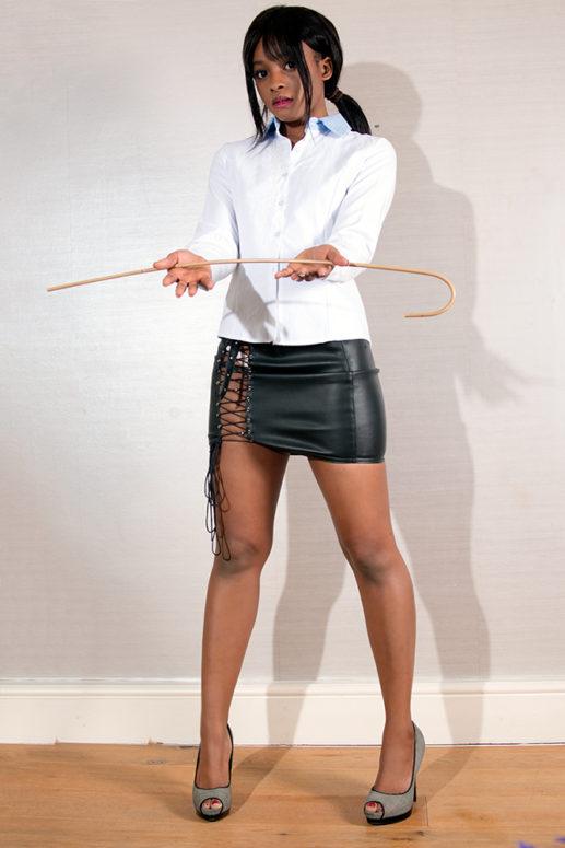Submissive Mimi